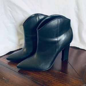 """LIKE NEW"" Marc Fisher Black Leather Bootie-so 8.5"